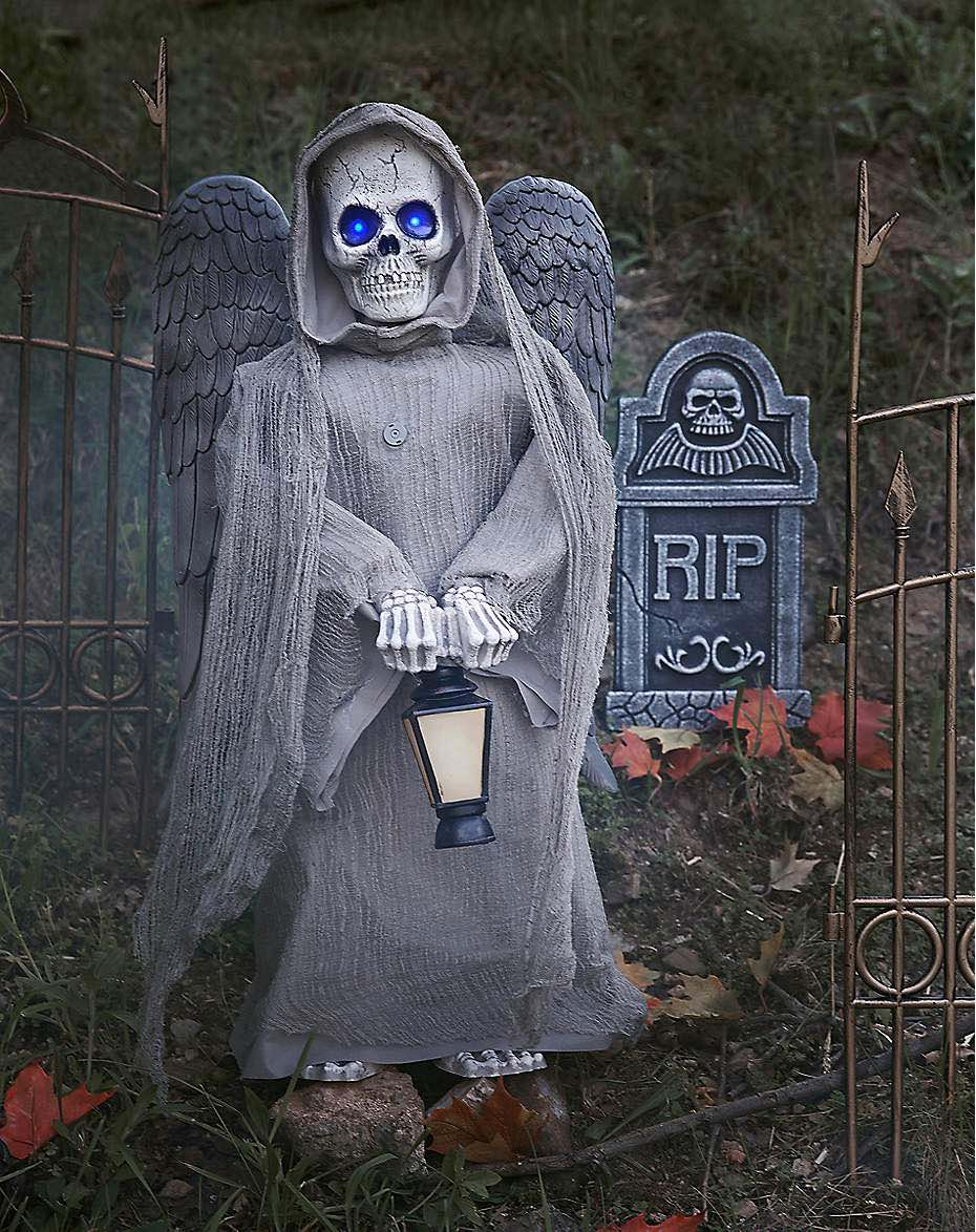another smaller animatronic from spirit halloween only 25 feet this angels head and hands spin in opposite directions his eyes also glow and he offers